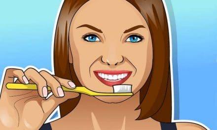 Die 6 besten Hausmittel, die deine Zähne natürlich aufhellen!